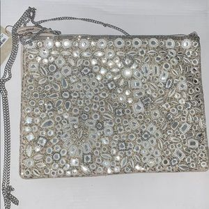 Accessorize shoulder purse